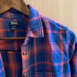 Fitted Cozy Roots Plaid Long-Sleeve Top